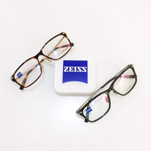 ツァイスメガネフレーム ツァイス眼鏡フレーム 神戸 取扱店 掛けやすいメガネ2.jpg