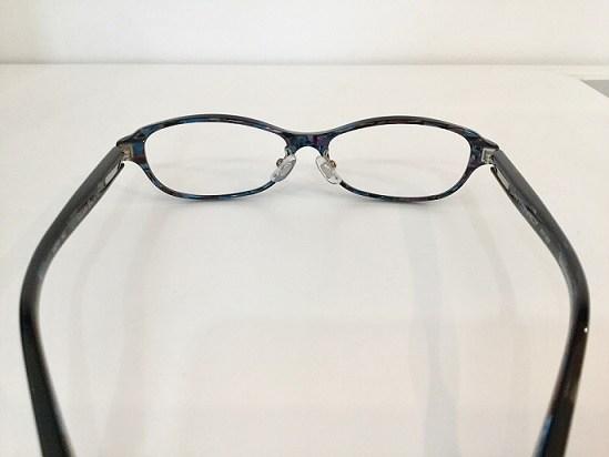 プラスチックメガネ ノーズパット ズレにくい 交換 神戸2.jpg