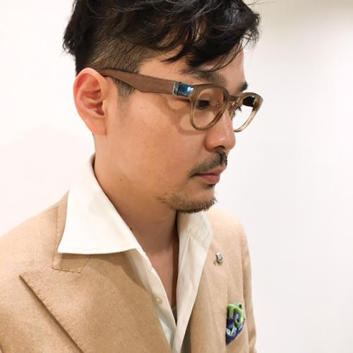 オシャレメガネ レザーメガネ 革メガネ 神戸 イストアールデボワール1.JPG